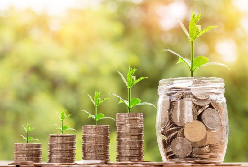 貯金ではなく、投資をおすすめする理由